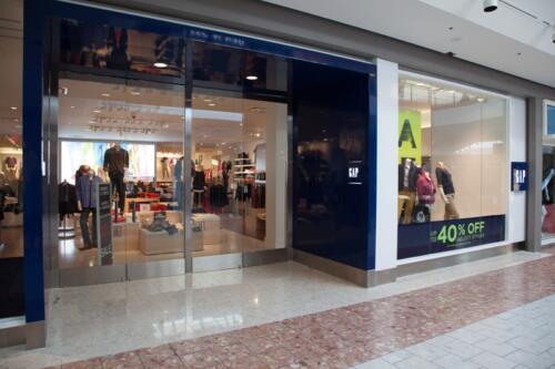 The Gap, Masonville Mall, London, ON